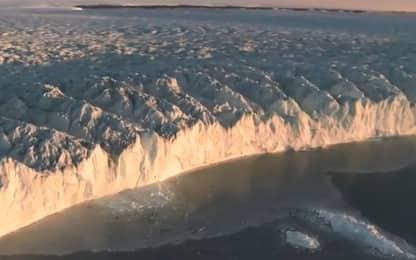 Antartide, si stacca un iceberg gigante. VIDEO