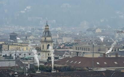 Smog a Torino, calano polveri sottili: via libera ai diesel