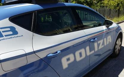 Feriscono uomo con fiocina, due arresti a Modena