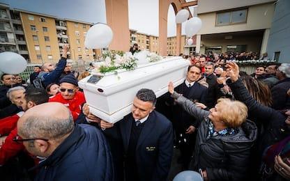 """Bambino morto a Cardito, un poliziotto: """"Sorella sfigurata da botte"""""""