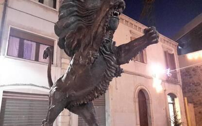 Potenza, il Leone in 'piazza 18 Agosto'