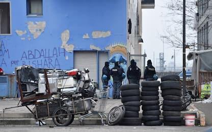 Torino, riprende lo sgombero 'dolce' dei migranti dall'ex Moi