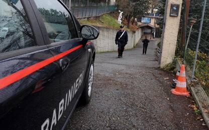 Palermo, sorpresi in auto con una pistola e un fucile: due arresti