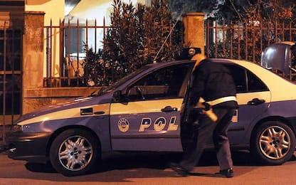 Roma, 34enne ruba in appartamento: arrestato