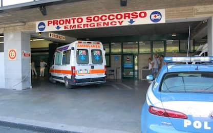 Napoli, devastano ospedale Covid per far curare parente ferito: presi
