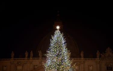 vaticano-natale-presepe-piazza-san-pietro-getty2