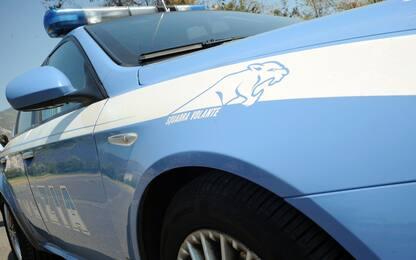 """Torino, indagine droga con """"metodi non conformi"""": sospesi 4 poliziotti"""