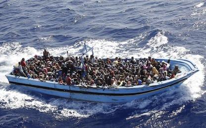 Migranti, tre sbarchi a Lampedusa: oltre 200 persone nell'hotspot