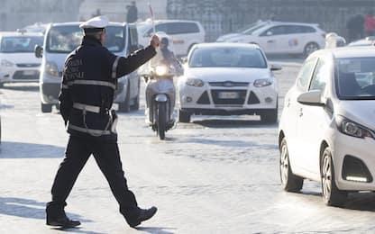 Roma, allarme smog: possibile stop a tutti i diesel martedì 14 gennaio