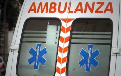 Palermo, si ferisce mentre ripara l'airbag: ricoverato in rianimazione