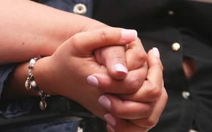 Roma, Tribunale riconosce la stepchild adoption a una coppia di donne