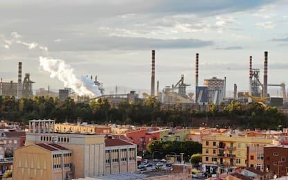 Ex Ilva, vento sparge polveri su Taranto. Chiesto incontro a Prefetto