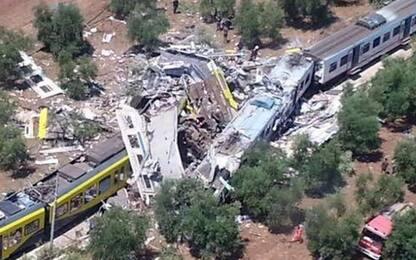 Scontro treni in Puglia, il ricordo dei familiari delle vittime: video