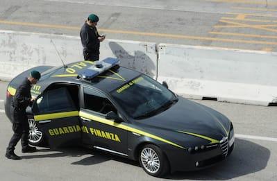 Tangenti, arrestati 5 funzionari della centrale Enel di Brindisi