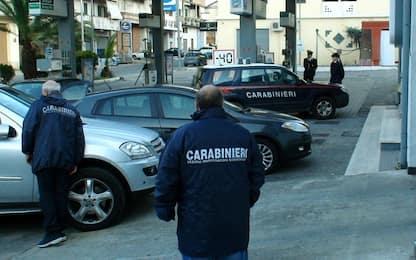 Napoli, colpi d'arma da fuoco in via Savarese: indagini in corso