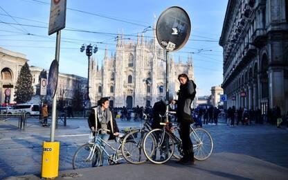 Aumentano le piste ciclabili, non gli italiani in bici