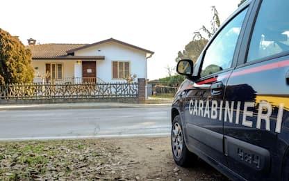 Coniugi uccisi nel Ferrarese, il figlio e l'amico restano in carcere