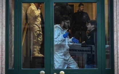 Milano: donna trovata morta in casa con una ferita alla gola