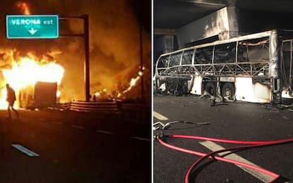 Bus ungherese si incendia sulla A4 dopo un incidente: 16 morti