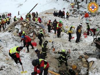 Rigopiano, trovati altri due corpi: sono 27 i morti e due i dispersi