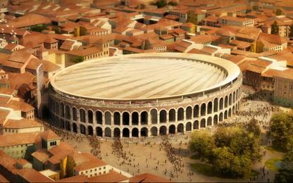 Un telo da 12mila metri quadrati per proteggere l'Arena di Verona