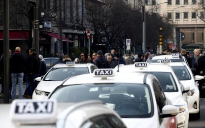 Taxi, proclamato lo sciopero nazionale di 14 ore per giovedì 23 marzo