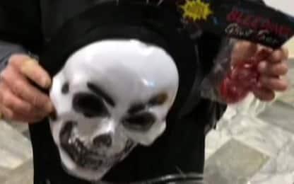 Carnevale: sequestrati 2,5 milioni di maschere e giocattoli pericolosi