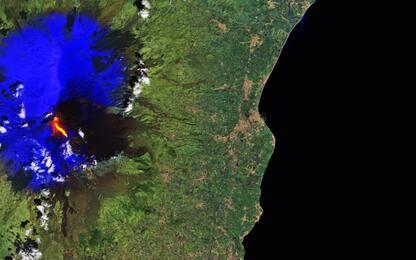 Etna, esplosione di lava: ferite dieci persone