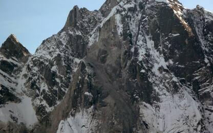 Valmalenco, valanga travolge scialpinisti: due morti