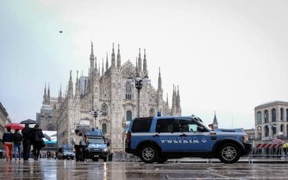 Si finge prete per entrare gratis al Duomo di Milano: denunciato