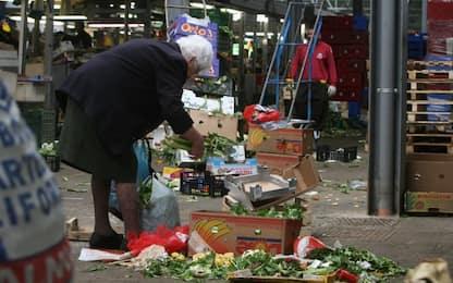"""Istat: in Italia 4,5 milioni di persone vivono in """"povertà assoluta""""<br>"""