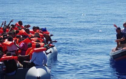 Nuovo naufragio a largo della Libia. Superstiti raccontano: 126 morti