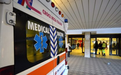 Novara, bimbo di 2 anni muore all'arrivo in ospedale: si indaga