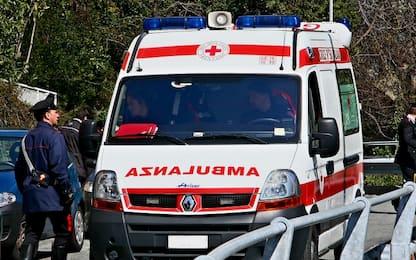 Scontro tra pullman, furgone e quattro auto nell'Aretino: 60 feriti