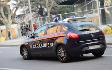 carabinieri_auto_lapresse