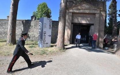 Pompei, furto alla mostra sugli scavi: rubata borchia del VI sec A.C.