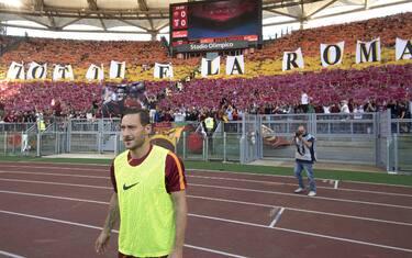 01-calcio-ultima-partita-totti-roma-ansa