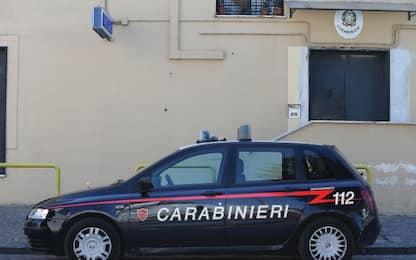 Brescia, trovato morto in casa, si indaga per omicidio