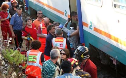 Scontro tra treni in Salento: 27 feriti, riprende la circolazione