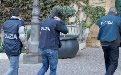 Estrema destra a Roma, indagini su odio razziale: cinque indagati