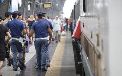 Novi Ligure, in frantumi finestrino del treno: denunciati due vandali
