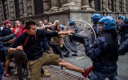 Milano, scontri centri sociali-CasaPound