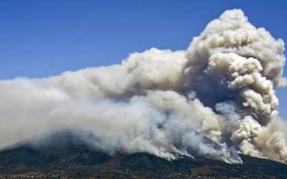 Incendio sul Vesuvio. LE FOTO