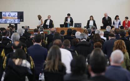 """Mafia capitale, i giudici nella sentenza: """"C'è stata solo corruzione"""""""