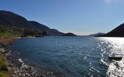 Lago di Iseo, salvano ragazza che sta affogando poi muoiono