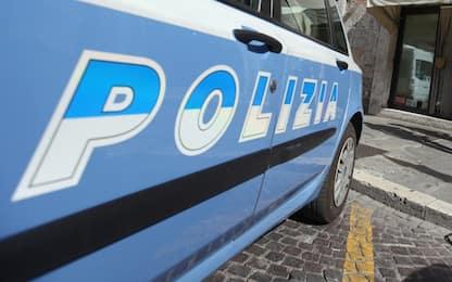 Napoli, 49enne danneggia ambulanza: denunciato