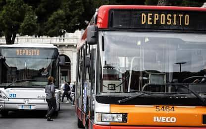 Roma, indetto sciopero di 24 ore: lunedì a rischio servizio Atac e Tpl