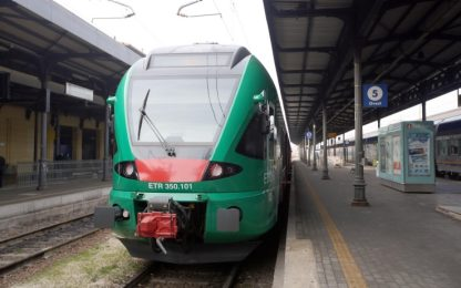 """Coronavirus, """"Piemonte non in grado di mantenere distanziamento treni"""""""