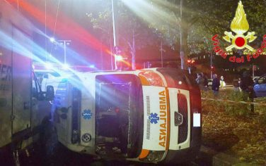 Fotogramma-incidente_ambulanza2