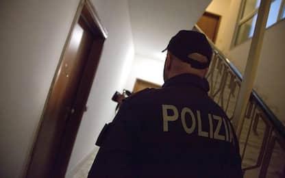 Camorra, estorsioni nel Napoletano: 2 arresti tra cui figlio del boss